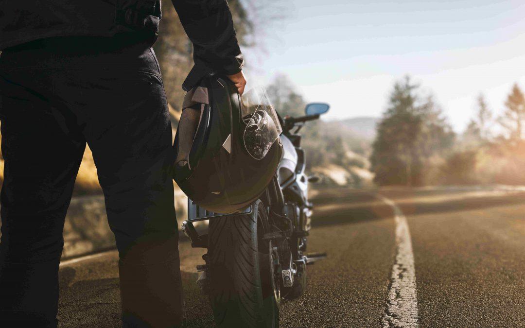 Dossier moto : assurance moto, permis, sécurité et équipement