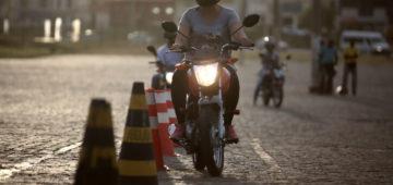 Conseils assurance cyclo : apprendre à conduire un cyclo