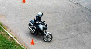 NetVox Assurances : Réussir votre plateau au permis moto