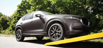 Assurance auto : Le remorquage d'une voiture, tout savoir