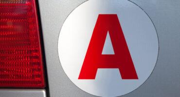 NetVox Assurances : Qu'est-ce que le A jeune conducteur : utilité, durée et sanctions